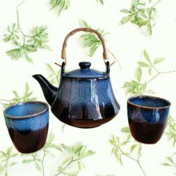 tea set blue cat eye design